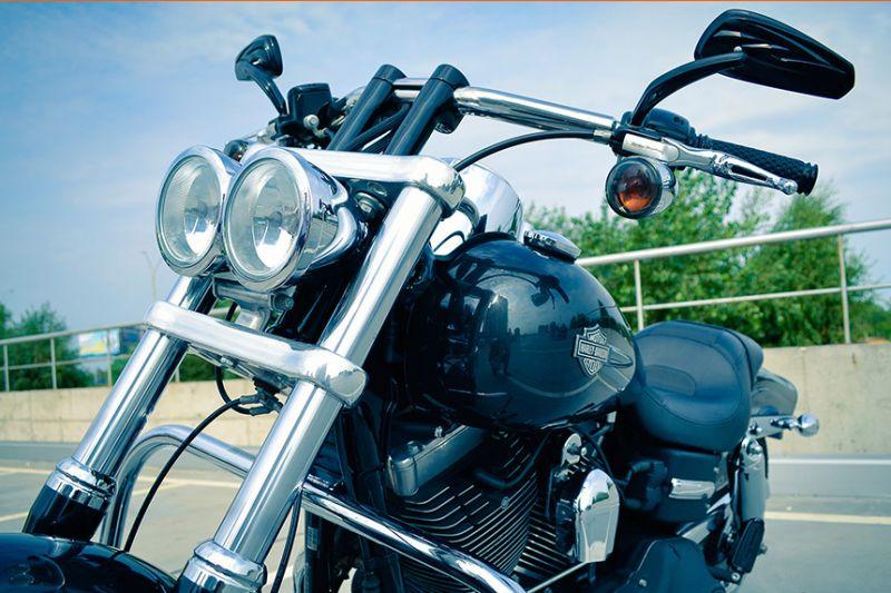 Peut-on conduire une moto 125 cc sans permis?