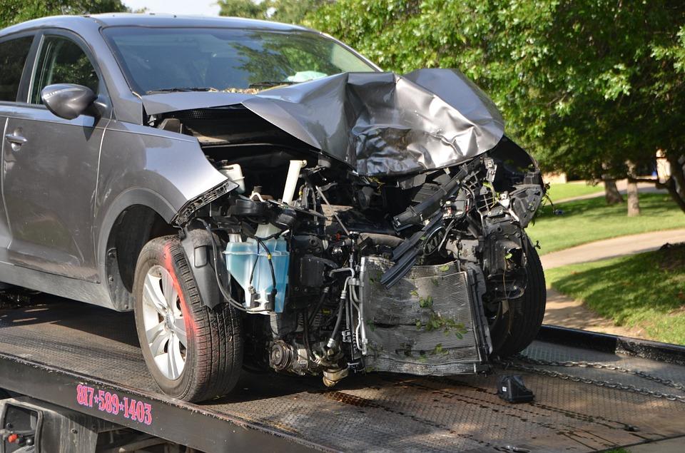 Enlèvement des véhicules hors d'usage : Faire appel à un épaviste