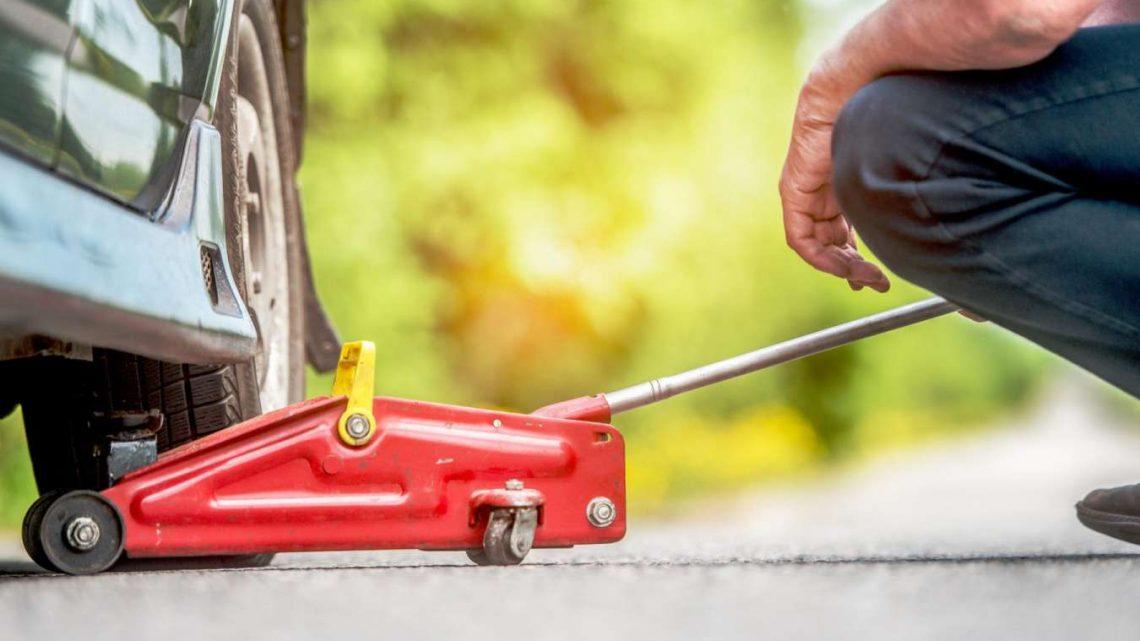 Achat de cric hydraulique : tout ce qu'il faut savoir
