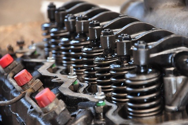 Comment choisir la bonne huile moteur pour son véhicule ?